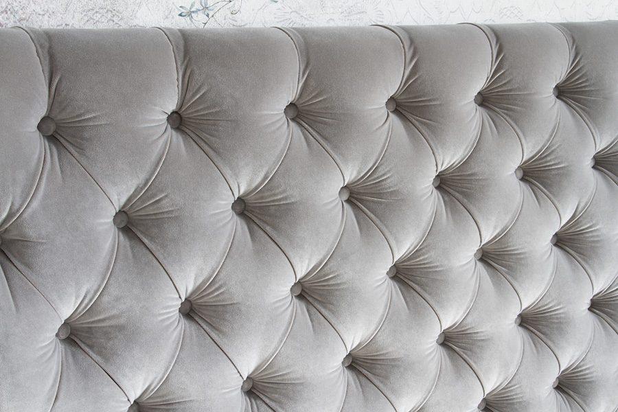 Łóżko tapicerowane styl glamour California dom Białystok. Tapicerowane aksamitną tkaniną obiciową Glam Velvet. Tkanina łatwoczyszcząca odporna na zabrudzenia.