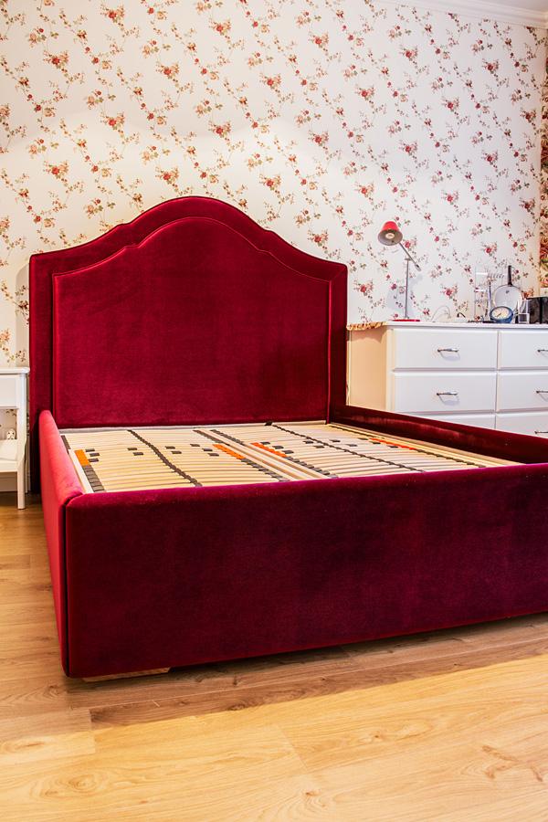 Tapicerowane panele i zagłówki oraz łóżka na wymiar