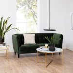Stolik kawowy Amelia wykonany ze szkła oraz metalu.Elegancki stolik do salonu w stylu nowojorskim oraz nowoczesnym.