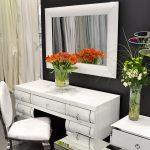 Lustro w białej ramie Matteo do salonu, sypialni i przedpokoju. Prostokątne lustro w lustrzanej ramie można zastosować jako lustro dekoracyjne.