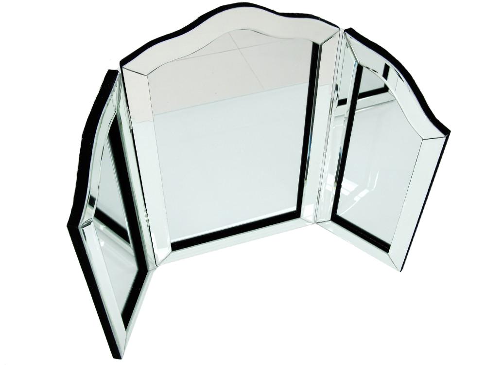 Dekoracyjne lustro do toaletki. Potrójne lustro do salonu i sypialnie w stylu nowojorskim.