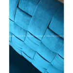 Fotel morski tapicerowany aksamitem Romeo.Fotel pikowany Romeo pasuje do salonu lub sypialni w stylu nowoczesnym. Meble tapicerowane producent polski.
