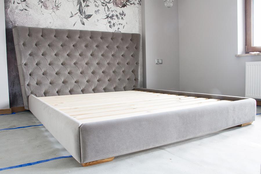 Łóżko tapicerowane na wymiar – diabeł tkwi w szczegółach