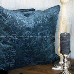 Poduszka dekoracyjna welur ornament. Poduszka 60x60 cm z wypełnieniem. Ozdobne poduszki turkusowe na zamówienie.