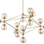 Lampa wisząca kule Ontario 15. Złoty żyrandol posiada 15 szklanych kloszy. Lampa sufitowa pasuje do salonu i kuchni w stylu nowoczesnym.