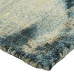 Dywan z wiskozy ręcznie tkany Ferno Aqua Gold. Dywan pasuje do sypialni i salonu w stylu nowoczesnym i modern classic.