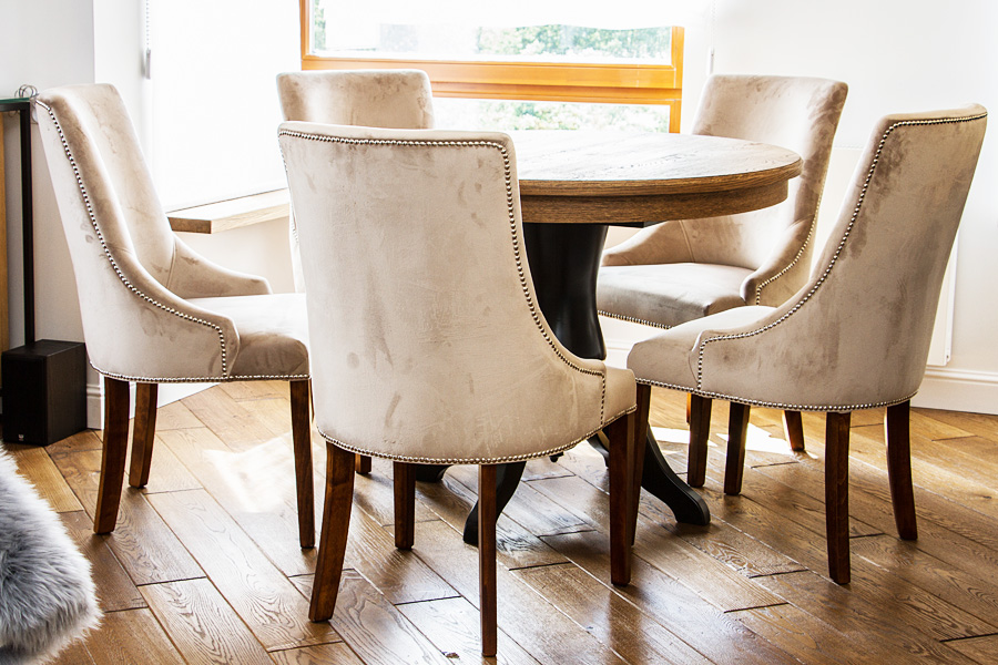 Jaki model krzeseł wybrać do jadalni?