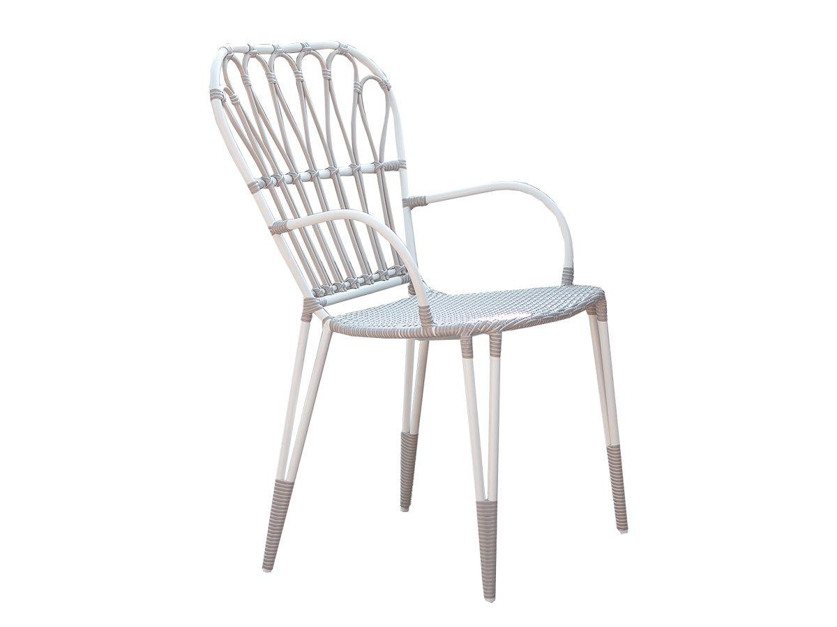 Krzesło ogrodowe Ivy wykonane z aluminium i ekorattanu.Krzesło do ogrodu i na taras pasuje do innych mebli z kolekcji Ivy.