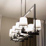 Lampa wisząca w stylu nowojorskim Aspen 3 polecana do zawieszenia nad stołem. Do zestawienia kinkiet i mniejsza lampa sufitowa z kolekcji Aspen.