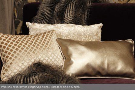 Usługa szycia poduszek dekoracyjnych na wymiar ekspozycja sklepu Pasadena home & deco 4