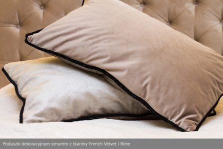 Usługa szycia poduszek dekoracyjnych na wymiar tkanina French Velvet i Rime dekoracyjnym sznurem 2