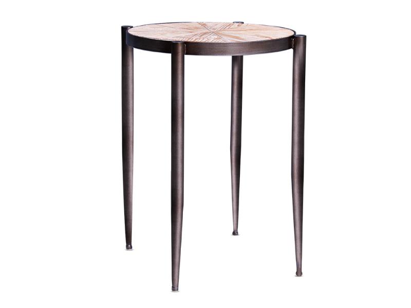 Okrągły stolik Soren z metalowym stelażem. Stolik kawowy pasuje do wnętrz w stylu nowoczesnym i modern classic.