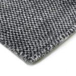 Piękny dywan wełniany ręcznie tkany Valbo Raven o grubym pętelkowym splocie. Ekskluzywna kolekcja, stworzona z naturalnych materiałów.