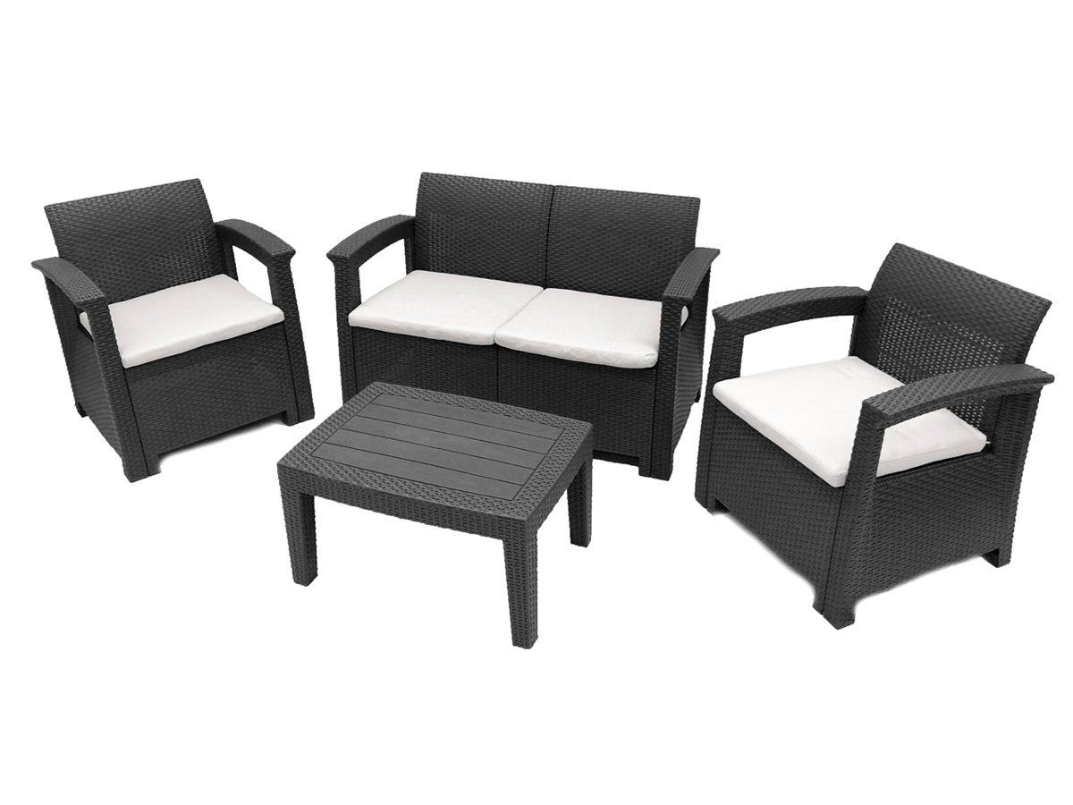 Zestaw ogrodowy Cordoba składający się z dwuosobowej sofy, dwóch foteli oraz stolika.Zestaw do ogrodu i na taras został wykonany z imitacji rattanu.