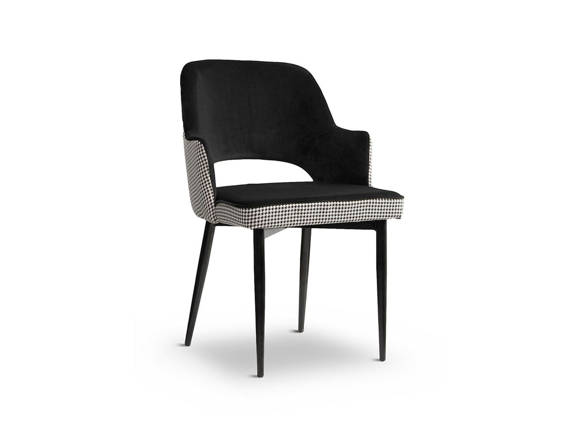 Krzesło tapicerowane aksamitem oraz tkaniną w pepitkę. Krzesło do kuchni i jadalni w stylu glamour oraz nowojorskim. Nogi metalowe czarne.
