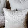 Poduszki dekoracyjne z tkanin Amapole w różnych wzorach i kolorach szyte na zamówienie.