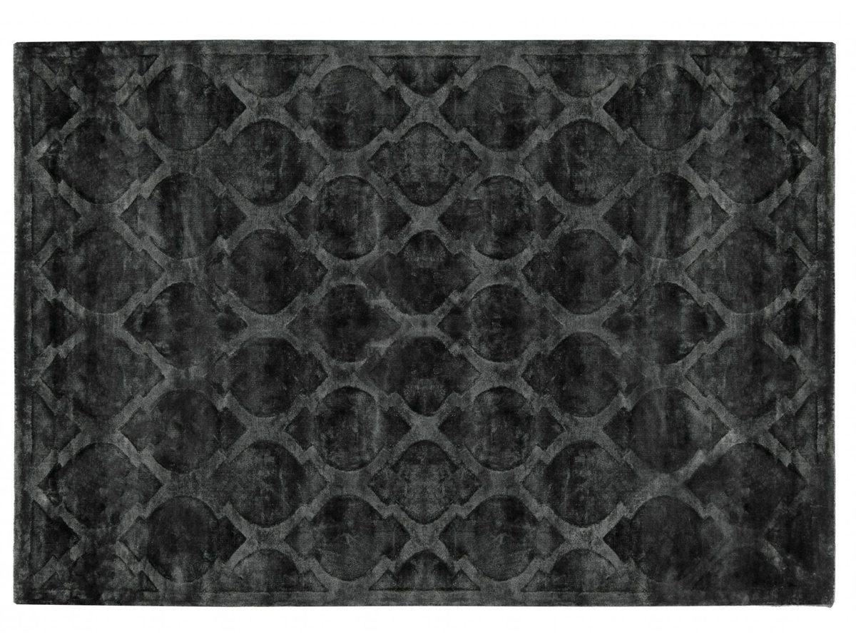 Dywan z wiskozy ręcznie tkany Tanger Anthracite. Ekskluzywna kolekcja, stworzona z naturalnych materiałów takich jak wiskoza, wełna i bawełna.