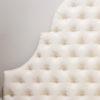 Zagłówek tapicerowany falisty pikowany w karo z guzikami w stylu nowojorskim - model 8. Subtelnie połyskująca tkanina aksamit Glam Velvet w kolorze ecru nr 02. Wykończony lamówką.