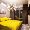 Zasłony w sypialni brązowe welurowe. Tkanina zasłona Art Velvet w kolorze ciepłego brązu, szycie flex 160%.